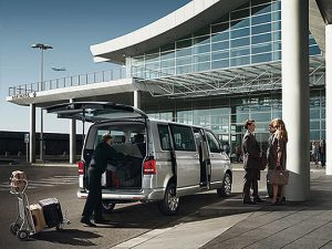 Transfer by minibus: airport and downtown